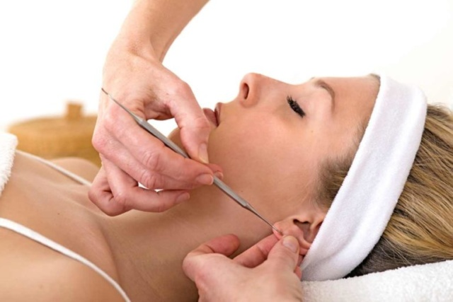 Auricoloterapia, efficace e versatile contro il dolore