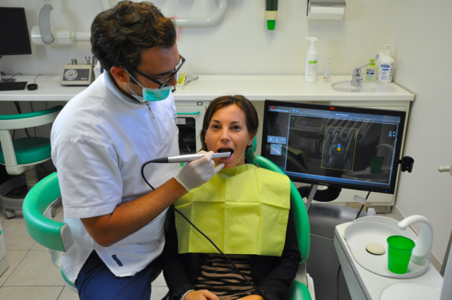 Arcata dentale, i vantaggi dell'impronta digitale
