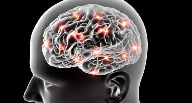 Elettroencefalogramma, esame non invasivo utile in molte condizioni