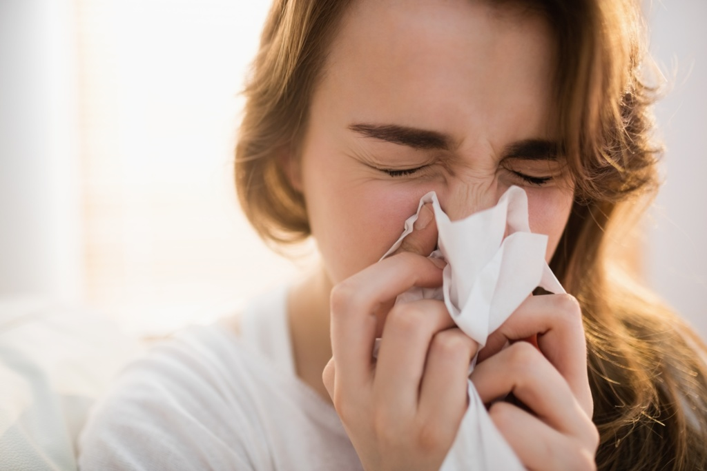 Raffreddore: rimedi naturali per combatterlo in inverno