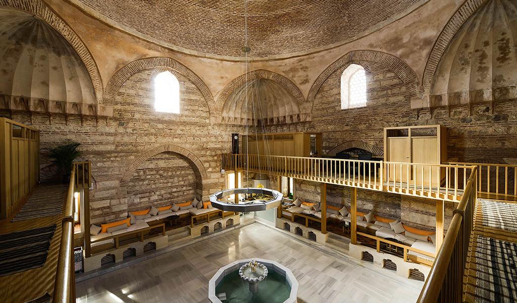 Bagno turco: storia e benefici di una lunga tradizione