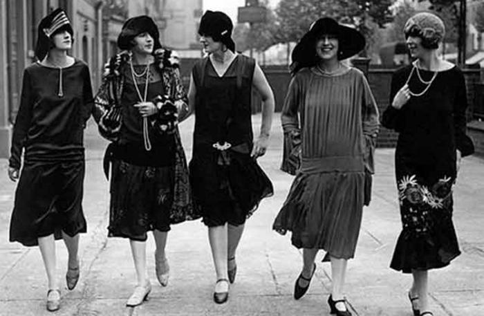 Dior e Chanel: due leggende della moda a confronto