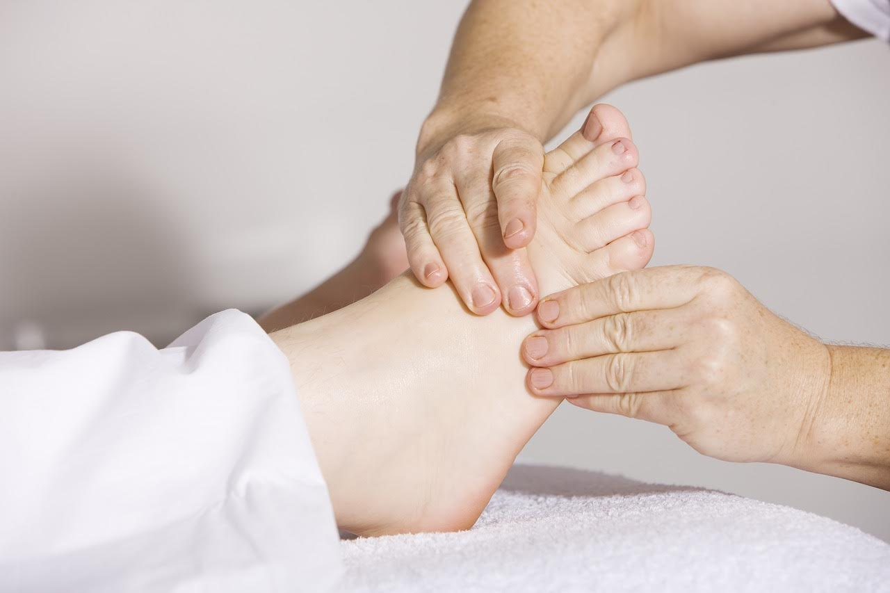 Massaggio plantoriflessogeno: il benessere a portata di piede