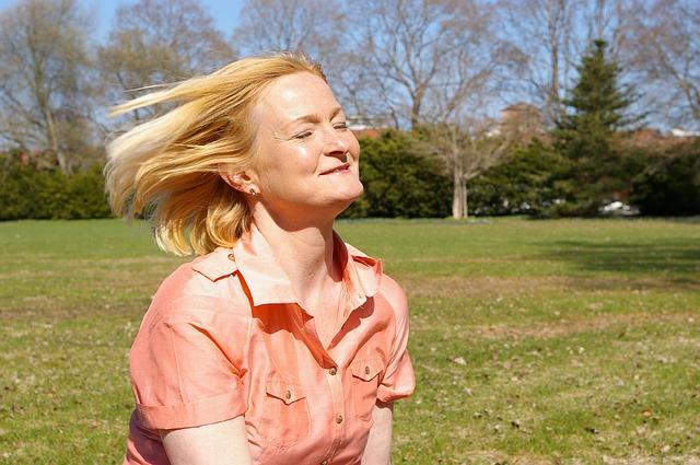 Invecchiamento e menopausa: come affrontarli al meglio