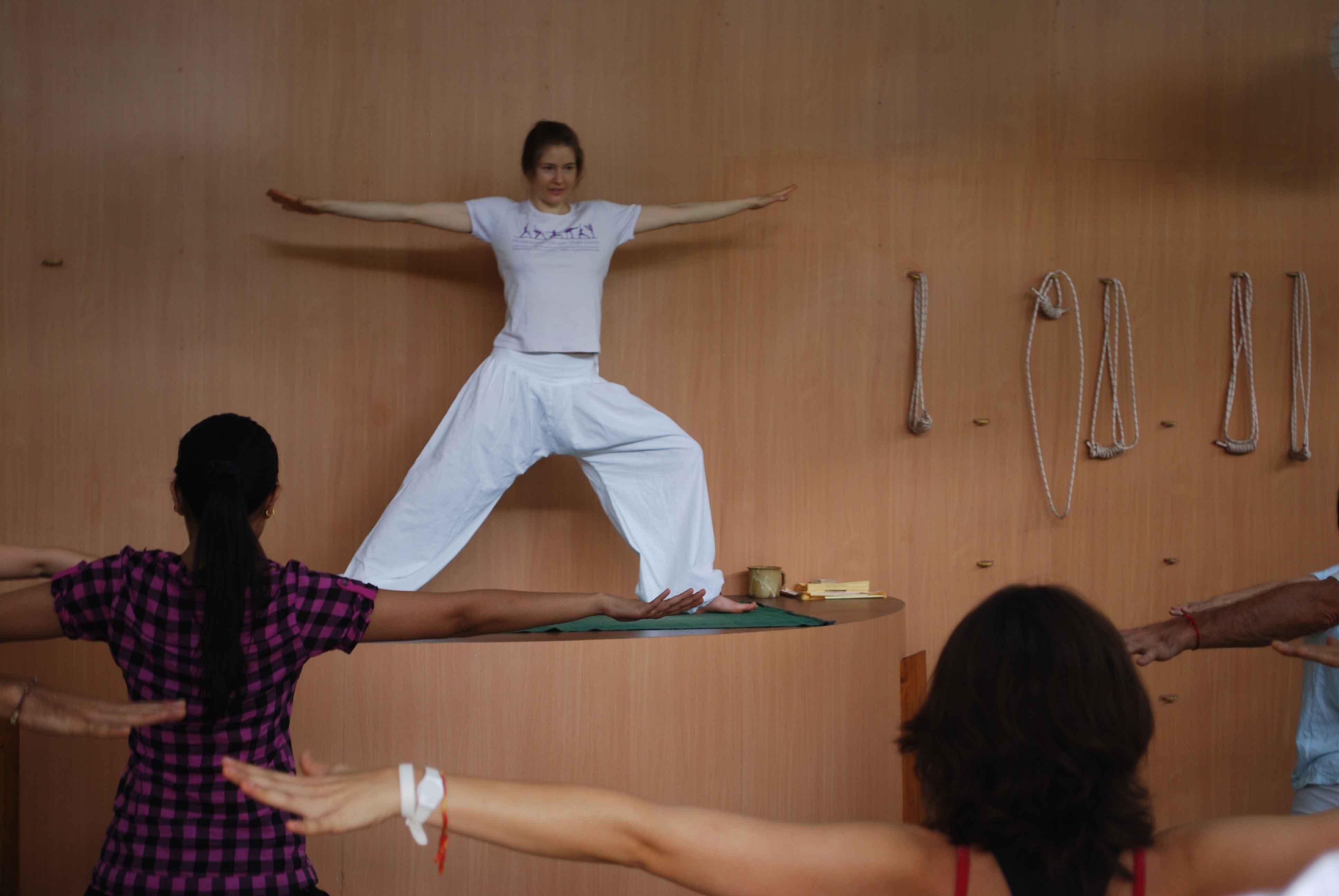 Yoga terapeutico e meditativo: appuntamenti di fine estate da Totem Studio