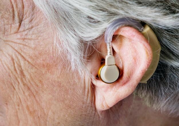 Presbiacusia e disturbi cognitivi dell'anziano