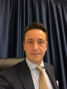 Dott. Michele Starnotti chirurgo refrattivo