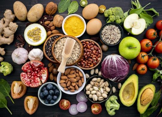 Alimentazione e difese immunitarie: cosa mangiare