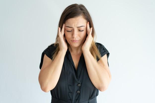 Cefalea tensiva: benefici della fisioterapia