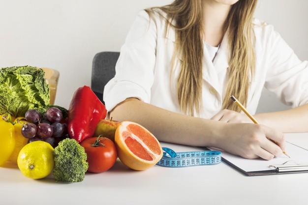 Chi è e cosa fa il biologo nutrizionista