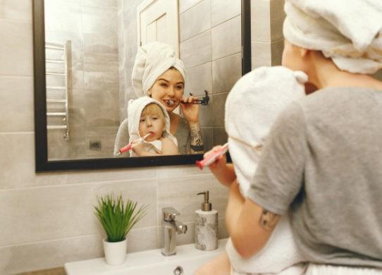 Come eseguire una corretta igiene orale a casa