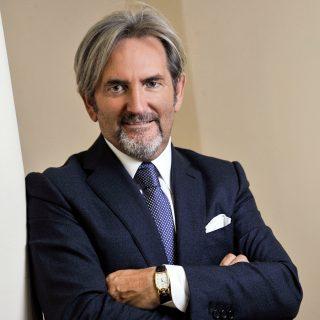 Dott Carmine Ciccarini Oculista a Perugia