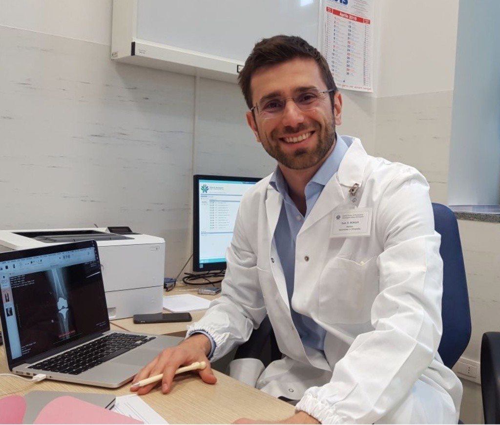 Il Dott. Raffaele Borghi Chirurgo Ortopedico a Bologna