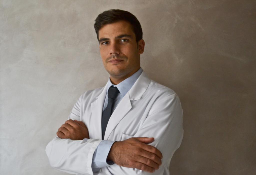 Dott. Vincenzo Guarrella Ortopedico a Milano