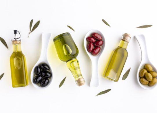Olio d'oliva pilastro della dieta mediterranea