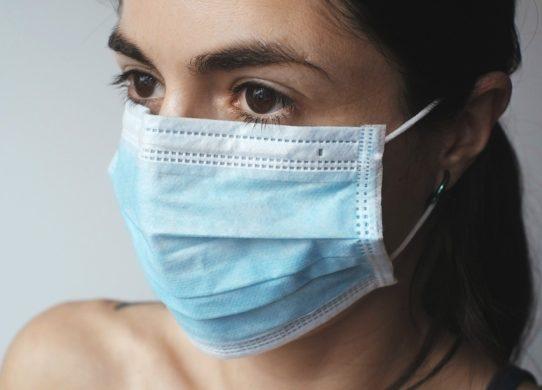 Uso delle mascherine e problemi della pelle